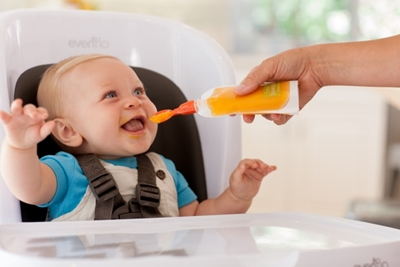 baby feeding guide month by month